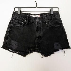 | Levi's | 505 High-Waist Cut Off Black Shorts